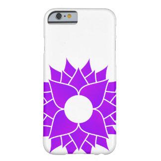 Lotus púrpura centrado funda barely there iPhone 6