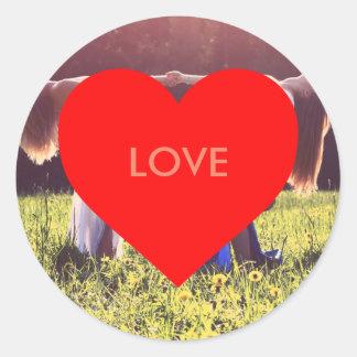 """""""Love"""" corazón (Enmarcable) Pegatina Redonda"""