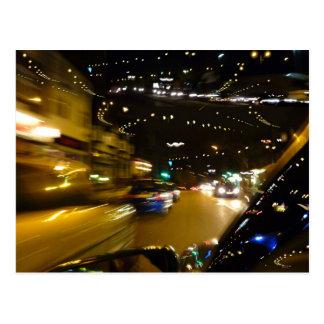 Luces de la noche del tráfico postal
