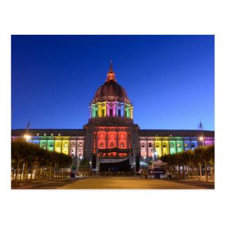 Luces del arco iris de ayuntamiento de San Francis Postal