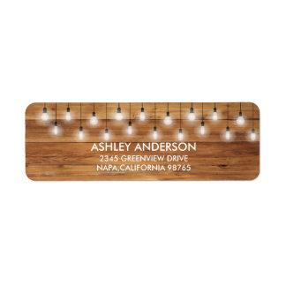Luces rústicas simples de madera del boda etiqueta de remitente