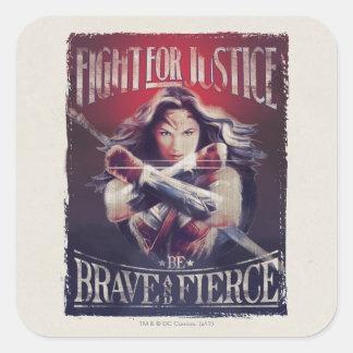 Lucha de la Mujer Maravilla para la justicia Pegatina Cuadrada