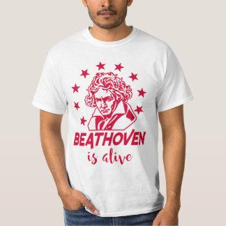 Ludwig Van Beethoven con texto Beathoven is alive Camiseta