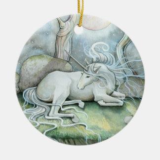 Lugar del ornamento del unicornio de la paz