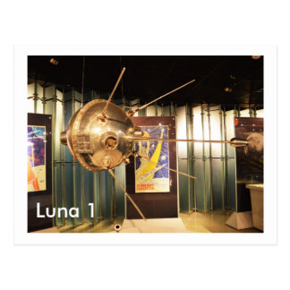 Luna 1 modelo de la estación espacial postal