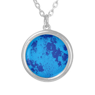 Luna azul collar plateado