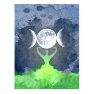 Luna de la diosa de madre tierra de Wiccan Postal