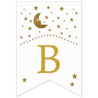 Luna del oro y fiesta de bienvenida al bebé de las banderines