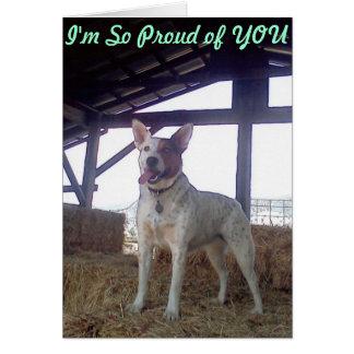 Luna dice así que orgulloso de usted grito sí del tarjeta de felicitación