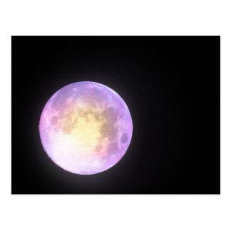 Luna en colores pastel