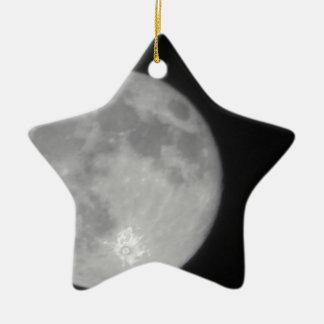 Luna estupenda 2013 adorno navideño de cerámica en forma de estrella