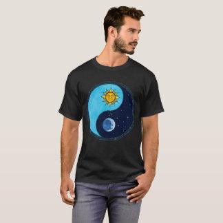 Luna Yin Yang de Sun Camiseta