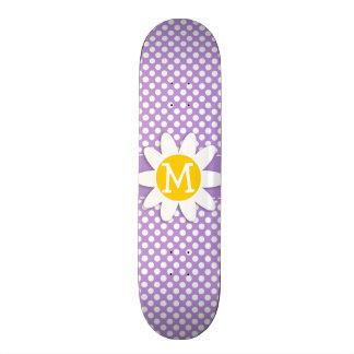 Lunares de la púrpura de la lavanda tabla de skate