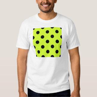 Lunares enormes - negro en amarillo fluorescente camisetas