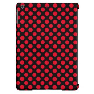 Lunares rojos adaptables en fondo negro carcasa iPad air