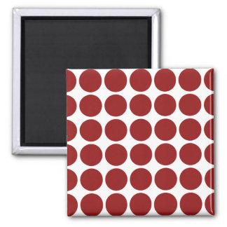 Lunares rojos en blanco imán para frigorifico