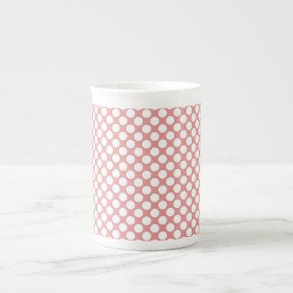 Lunares rojos taza de porcelana