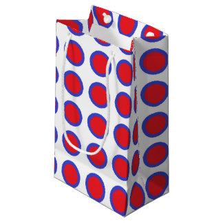 Lunares rojos y azules blancos bolsa de regalo pequeña