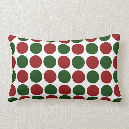 Lunares rojos y verdes en blanco almohadas