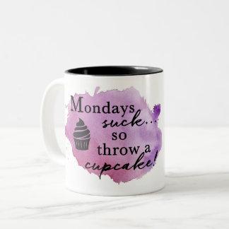Lunes chupan la taza