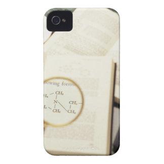 Lupa que agranda el diagrama molecular funda para iPhone 4