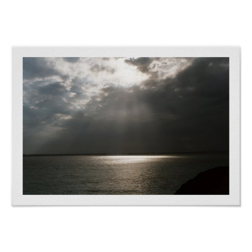 Luz desde arriba posters