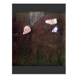 Madre con los niños de Gustavo Klimt Tarjetas Postales