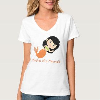 Madre de una sirena camisetas