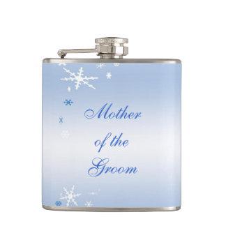 Madre del boda del invierno del novio petaca