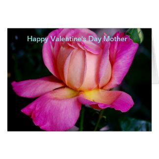 Madre feliz del el día de San Valentín Tarjeton