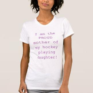 Madre orgullosa de la hija del hockey camisetas