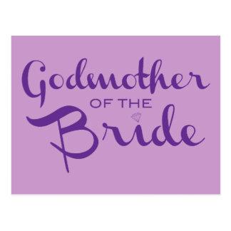 Madrina de la púrpura de la novia en púrpura