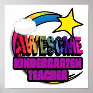 Maestro de jardín de infancia impresionante del impresiones