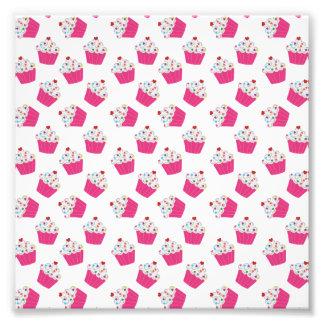 Magdalenas rosadas felices del corazón - modelo fotografías