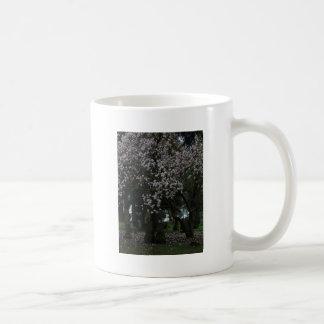 Magnolias para siempre taza de café