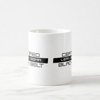 Magro certificado seis tazas de café de la correa
