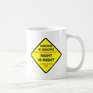 Mal y mal tazas de café
