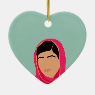 Malala Yousafzai Adorno Navideño De Cerámica En Forma De Corazón