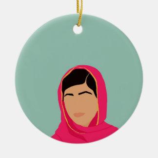 Malala Yousafzai Adorno Navideño Redondo De Cerámica