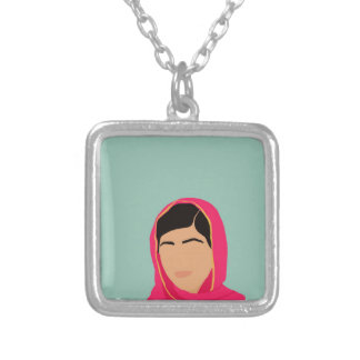 Malala Yousafzai Collar Plateado
