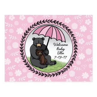 Mamá Bear y Cub, niña agradable personalizada Postal