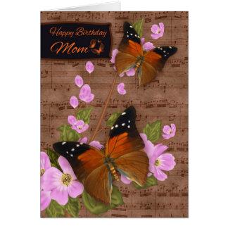 Mamá, con la mariposa de la aleta en el flor tarjeta de felicitación