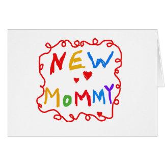 Mamá del texto de los colores primarios nueva tarjeta de felicitación