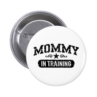 Mamá en el entrenamiento pin