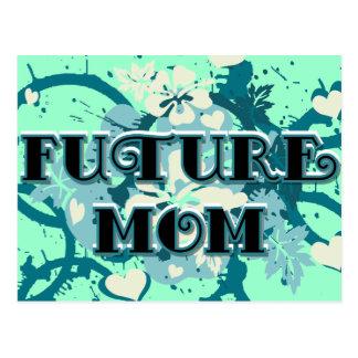 Mamá futura - corazones y flores tarjeta postal