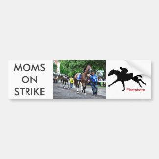 Mamáes en huelga pegatina para coche