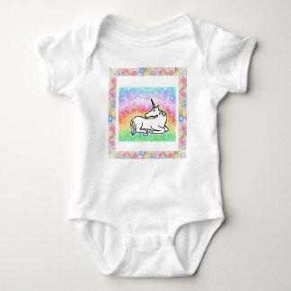 Mameluco del bebé del unicornio