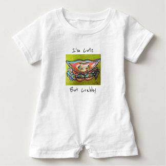 Mameluco lindo pero malhumorado del bebé camiseta