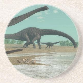 Manada de los dinosaurios del Diplodocus - 3D Posavasos De Arenisca