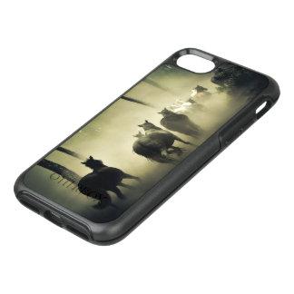 Manada del caballo en la niebla funda OtterBox symmetry para iPhone 8/7